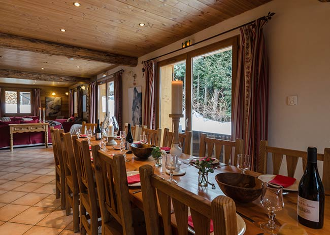 Catered chalet in Peisey showing the dining table