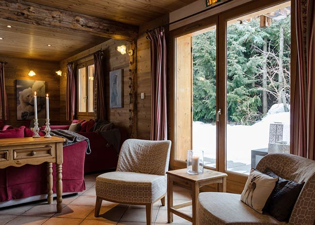 Catered chalet in Peisey-Vallandry with a hot tub, sauna and gym