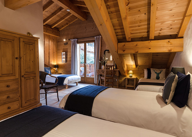 Twin room in a chalet in Les Arcs & Peisey-Vallandry